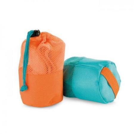 Fitness towel in mesh pouch