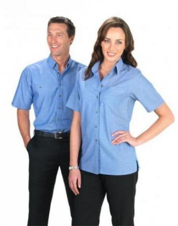 Ladies Short Sleeve Wrinkle Free Chambray Shirt